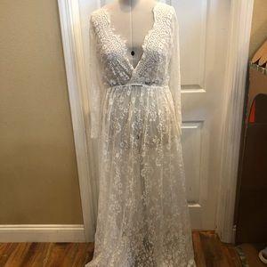 Dresses & Skirts - White lace mesh maternity dress sz L/XL